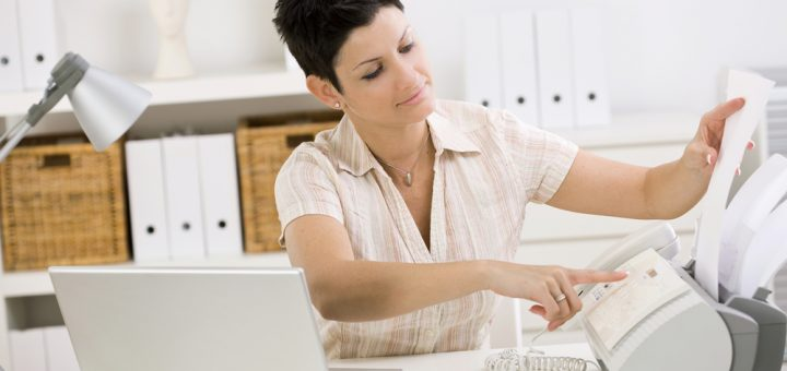 Изпращане и получаване на факс